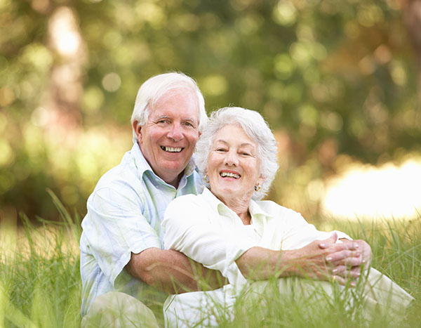 Implant Supported Dentures: What Are Full Mouth Dental Implants?